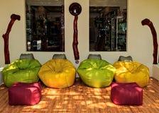 Zona del resto en el hotel tropical Ranveli Foto de archivo libre de regalías
