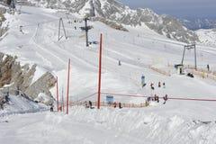 Zona di corsa con gli sci della montagna di Dachstein Fotografie Stock