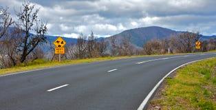 Zona incendiata e viaggio stradale del Bush in Australia Fotografie Stock Libere da Diritti
