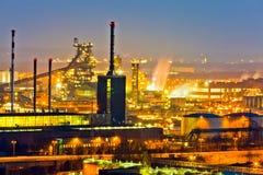 Zona industriale alla notte Fotografia Stock