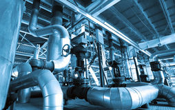 Zona industriale, condutture d'acciaio e condotte Immagine Stock Libera da Diritti