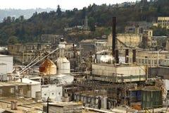 Zona industriale lungo il fiume di Willamette immagini stock libere da diritti