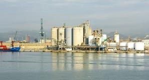 Zona industriale sui bacini Immagini Stock Libere da Diritti
