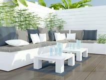 Zona para sentarse del patio al aire libre. Imágenes de archivo libres de regalías