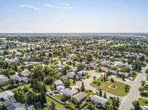 Zona residenziale della prateria grande, Alberta, Canada Fotografia Stock Libera da Diritti