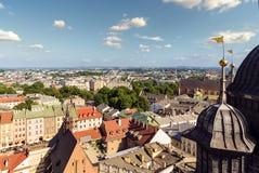 Zonas urbanas de Kraków Foto de la tarde Fotografía de archivo libre de regalías