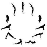 Zonbegroeting Suryanamaskara Yogaopeenvolging Stock Fotografie
