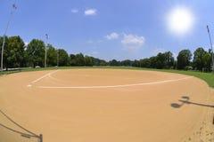 Zone de base-ball un beau et ensoleillé jour de source Images libres de droits
