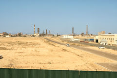 Zone industrielle de la ville d'Aktau. Photos libres de droits
