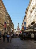 Zone piétonnière à Milan Images libres de droits
