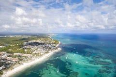 Zones côtières de la République Dominicaine  Vue de l'habitacle de l'hélicoptère photographie stock