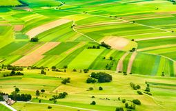 Zones et pentes vertes image libre de droits