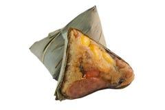 Zongzi или китайский вареник липкого риса на белой предпосылке Стоковые Фотографии RF