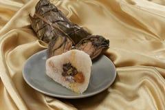 Zongzi (bolas de masa hervida del arroz) Imagen de archivo