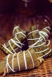 Zongzi, zong (kleverige rijstbollen) Stock Afbeeldingen