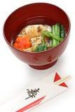 Zoni del estilo de Tokio, sopa japonesa de la torta de arroz fotos de archivo