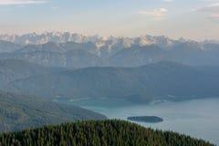 Zonlicht op bergketen Royalty-vrije Stock Afbeeldingen