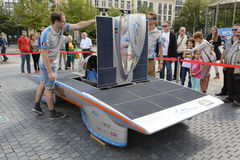 Zonne aangedreven auto Antwerpen Stock Afbeelding