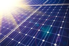 Zonne-energie voor duurzame ontwikkeling Stock Afbeeldingen
