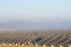 Zonne-energiegebied stock afbeelding