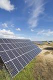 Zonne-energiegebied royalty-vrije stock afbeelding