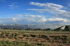 Zonne-energielandbouwbedrijf Royalty-vrije Stock Foto's