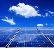 Zonne-energiepaneel Royalty-vrije Stock Afbeeldingen