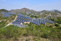 Zonne photovoltaic machtsgeneratie royalty-vrije stock foto