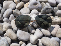 Zonnebril, strand en vakantie Stock Afbeelding