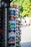 Zonnebril voor verkoop Stock Afbeelding