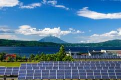 Zonnemacht voor cocept van duurzame groene energie Stock Afbeeldingen