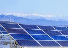 Zonnemachtspanelen, Photovoltaic modules voor innovatie groen e stock foto's