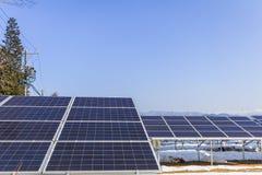 Zonnemachtspanelen, Photovoltaic modules voor innovatie groene energie voor het leven royalty-vrije stock afbeelding