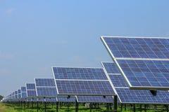 Zonnepaneel alternatieve energie Stock Foto's