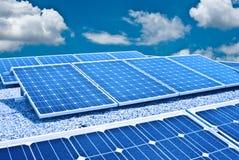 Zonnepaneel en Photovoltaic. De energie van de toekomst Stock Afbeeldingen