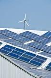 Zonnepaneel en windturbine royalty-vrije stock foto's