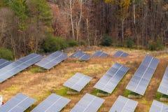 Zonnepaneellandbouwbedrijf Stock Afbeelding