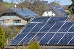 Zonnepanelen in Duitse stad Royalty-vrije Stock Afbeelding