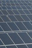 Zonnepanelen, nieuwe elektriciteit Stock Foto's