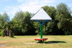 Zonnescherm op een park Stock Foto's