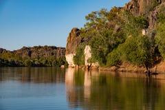 Zonneschijn op de rotsen in Darngku Royalty-vrije Stock Afbeeldingen