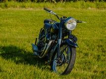 Zonnestraal Klassieke Motorfiets Stock Foto's