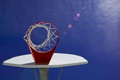 Zonnig basketbal Royalty-vrije Stock Fotografie