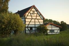 Zonnig Nederlands Huis Stock Afbeelding