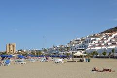 Zonnig strand in de Canarische Eilanden van Tenerife Royalty-vrije Stock Foto