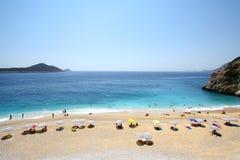 Zonnig strand in Turkije stock fotografie