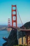 Zonnige dag in Golden gate bridge in San Francisco, Californië Stock Afbeelding