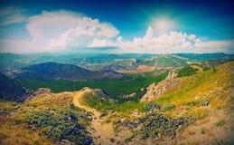 Zonnige de bergvalley_vintage van de Krim Stock Afbeelding