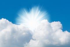 Zonnige hemel Stock Afbeeldingen