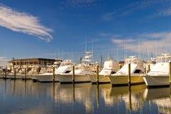 Zonnige jachthaven-3 royalty-vrije stock afbeelding